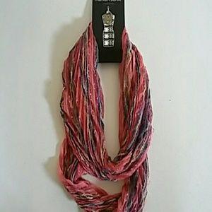 NEW Infinity scarf.